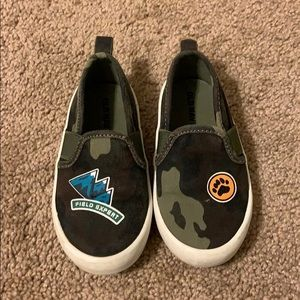 Old Navy Slip On Canvas Shoes Size 6c